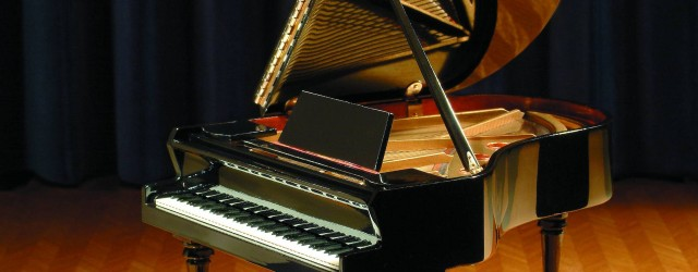 "Saturday, April 9th, 2016 12:30 – 6:00 pm Piano Performance Master Classes with Valery Lloyd-Watts Valery Lloyd-Watts, hailed as the ""world's most listened-to pianist"", is a music educator, author, performing and recording..."